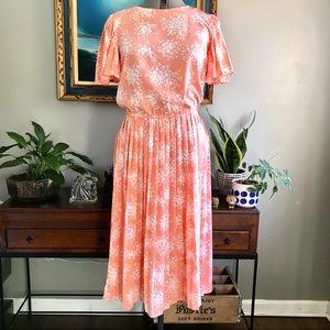 Vintage Maggy Boutique Peach Flutter Sleeve Dress
